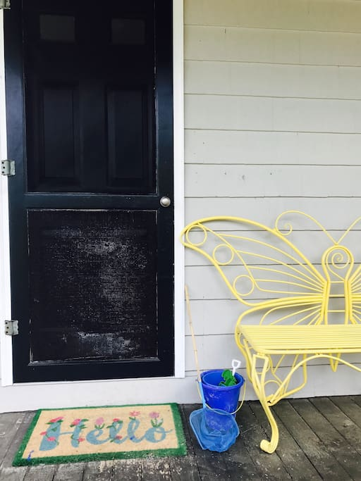 Keep your beach essentials handy on the front porch