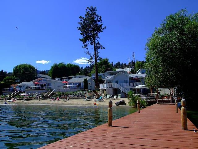 Beautiful Waterfront Cabins