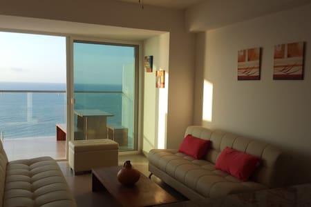 Auténtica Suite de Lujo piso 18 / Luxury Suite