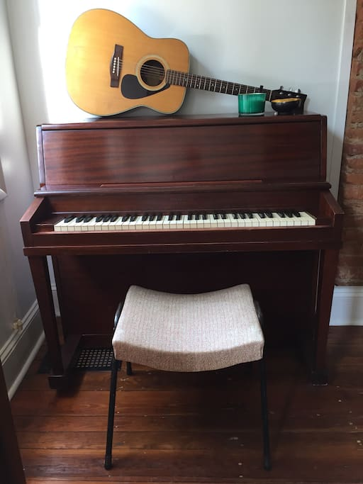 Piano and guitar for guest use.