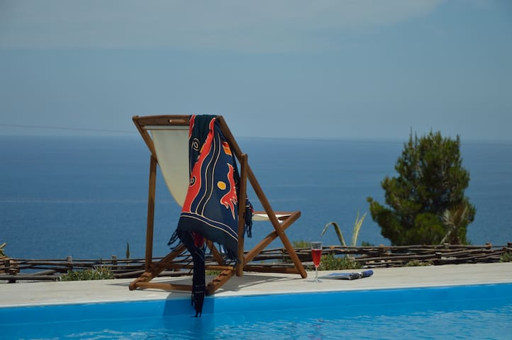 Villa delle Marine, splendida vista mare - Pollina - 別荘