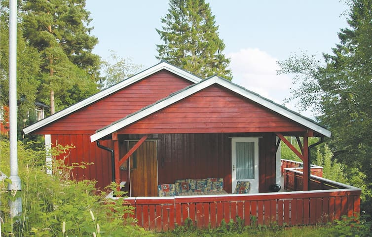 Holiday cottage with 3 bedrooms on 72 m² N18462