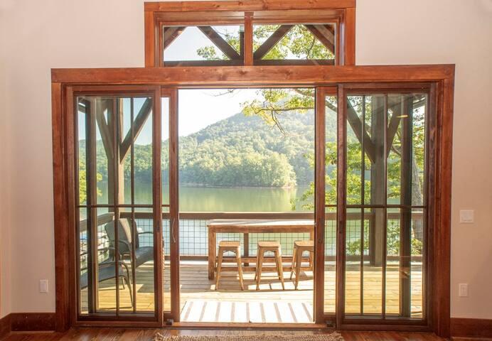 Water's Edge Cabin @ Bear Lake Reserve