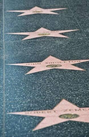Hollywood stars an hour away