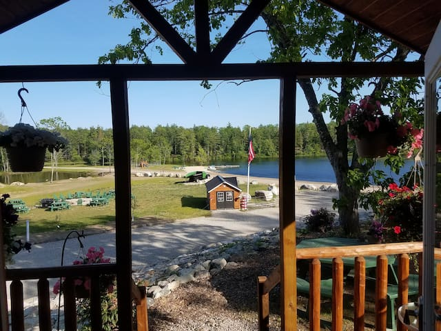 "5 STAR ACCOMMADATIONS, AMENITIES INCLUDE 65"" HD TV, INTERNET, WASHER / DRYER, FULLY AMMENITIZED STAINLESS GAS KITCHEN, A/C, HEAT, FREE BOATS, GAME ROOM, SWINGS, DOG PARK, 850 BEAUTIFUL ACRES, TWO STOCKED PONDS, BRING ALL YOUR TOYS, TOWELS, LINNENS"
