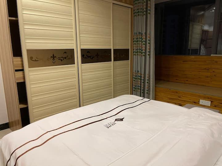 兴义商城三室两厅两卫大户型,全套酒店标准配置