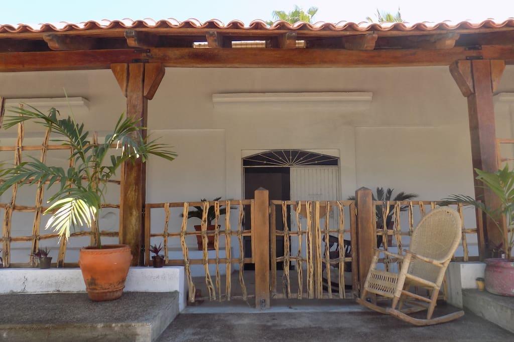 Construcción y acabado tipo hacienda mexicana.