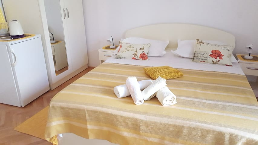 Villa Antonia - bedrom for 2