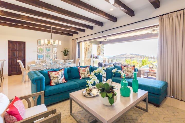 Luxury Villa Santiago