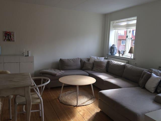 Lækker central lejlighed i Aarhus - Viby
