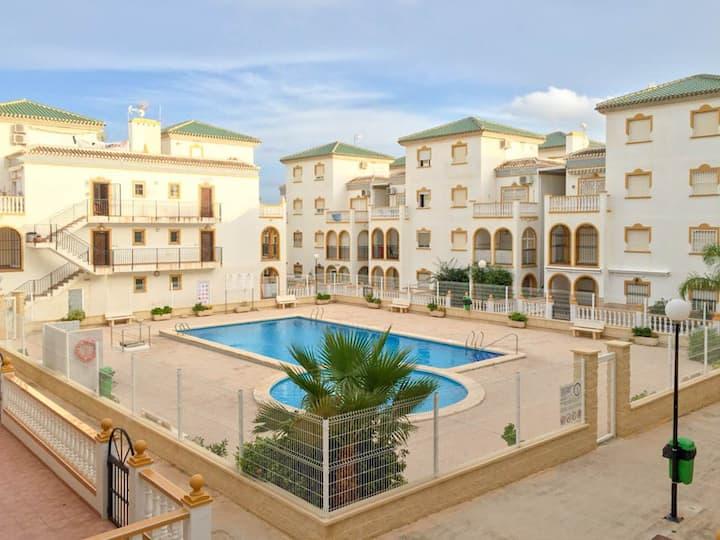 Fresh Apartment, 150m to the Beach of La-Mata