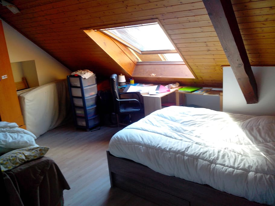 Chambre lit 140 + canapé convertible