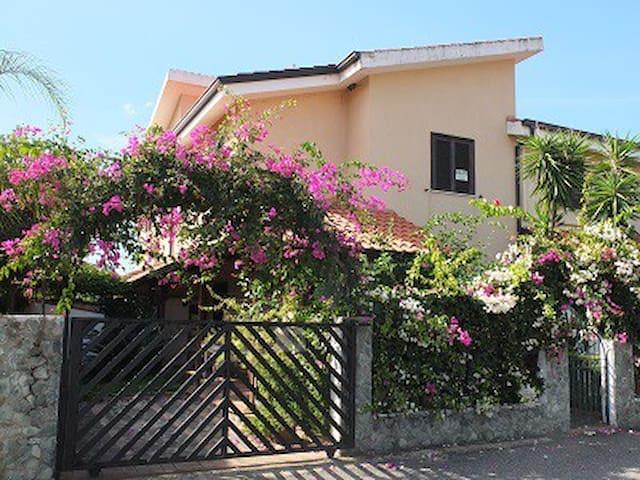 Casa Vacanza Porto Ada - Province of Vibo Valentia - Villa