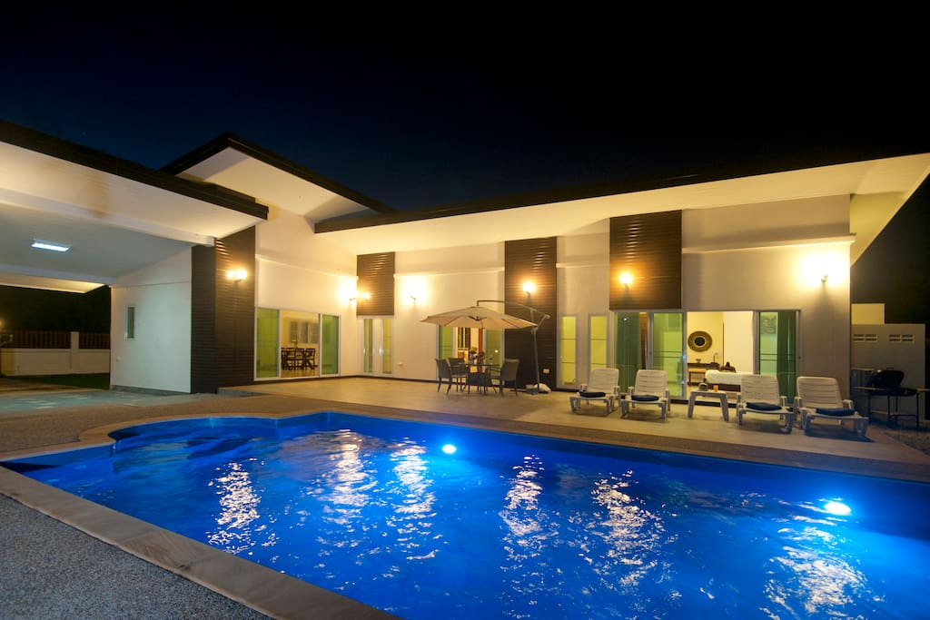 11*4 meter swimming pool ensuring fun for all the family.