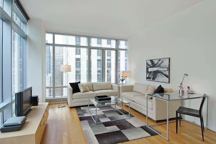 Comfortable Two Bedroom in Convenient Centralized Location