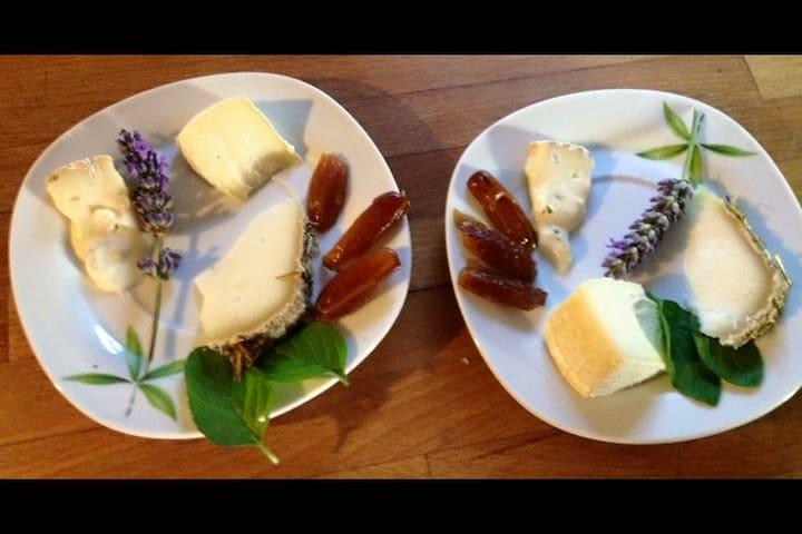 Fromages locaux s'invitent à la table d'hôtes