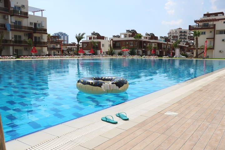 NOYANLAR HOLIDAY HOMES TRİKOMO İSKELE, LONG BEACH