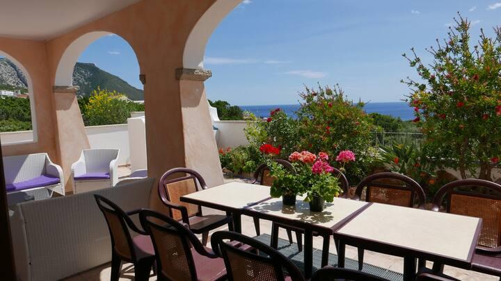 Relax house, sea view, AC,dishwasher,FreeWIFI