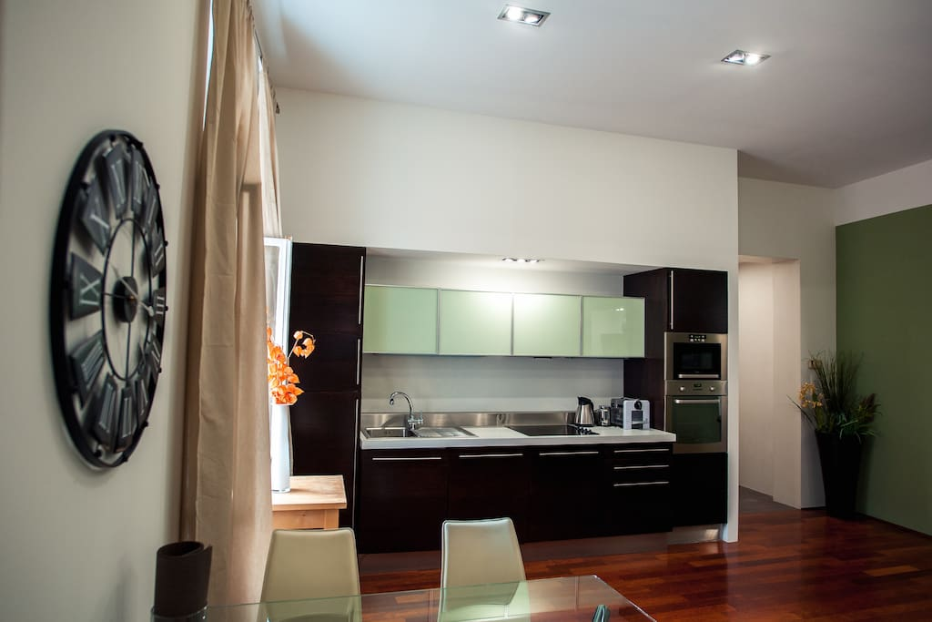 Kitchen, dinning room and entrance hall