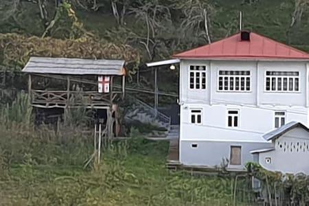 Authentic family house in Shuakhevi