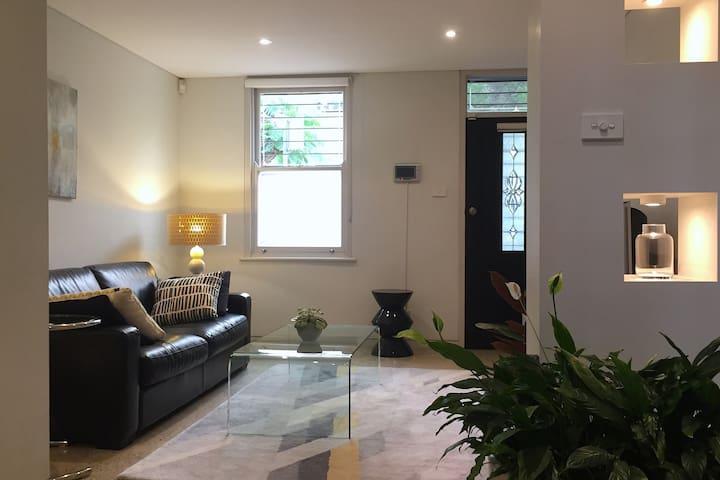 Darlinghurst Terrace in Prime Location