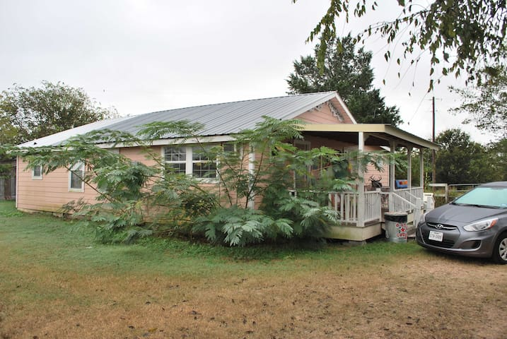4 Bedrooms 4 Baths in Granny's Remodeled Barn
