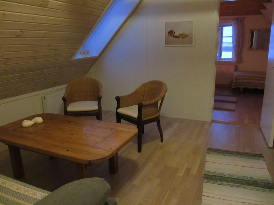 Del af Nord værelset , som er opdelt, max 6 sengepladser