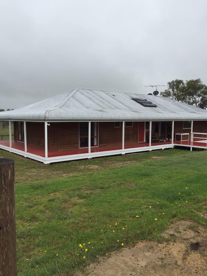 Farm House, HorseFarm, Fossicking, 2 Private Rooms