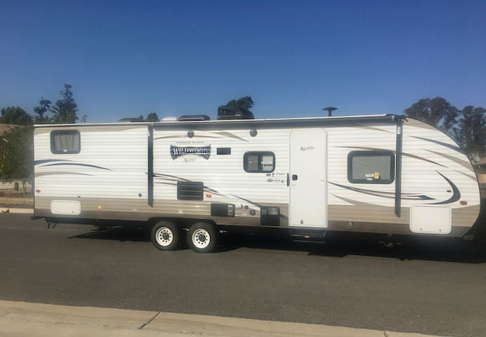 Vacation on Central Coast in Style! Delivery/Setup