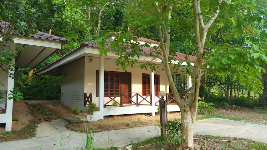 Chang Thai Bungalows