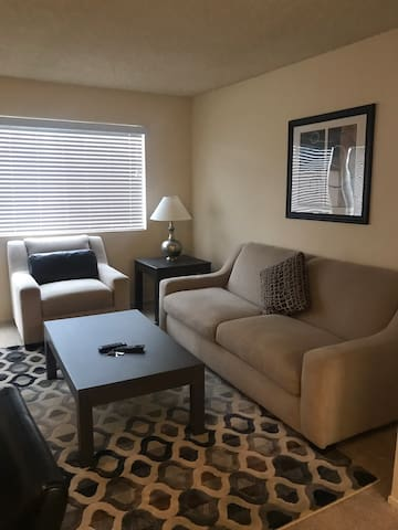Spacious 1 Bedroom w/ Patio in Fremont