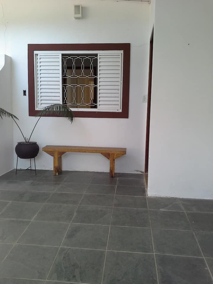 Casa prática e segura. Lázaro - Ubatuba