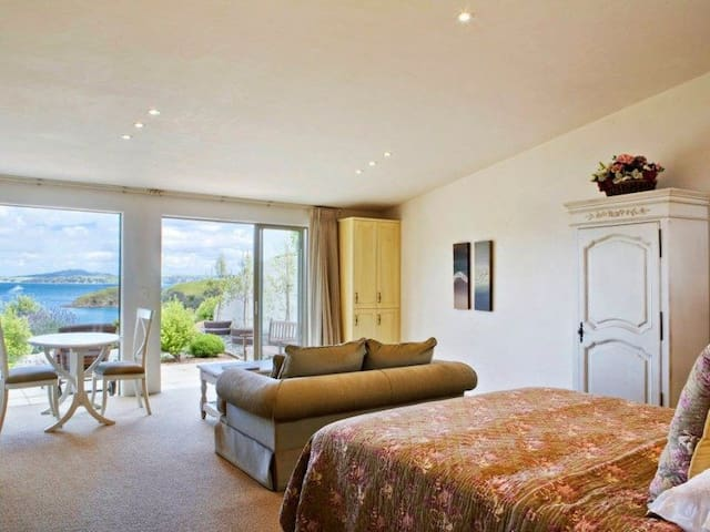 Well appointed suite with a French Mediterranean influence