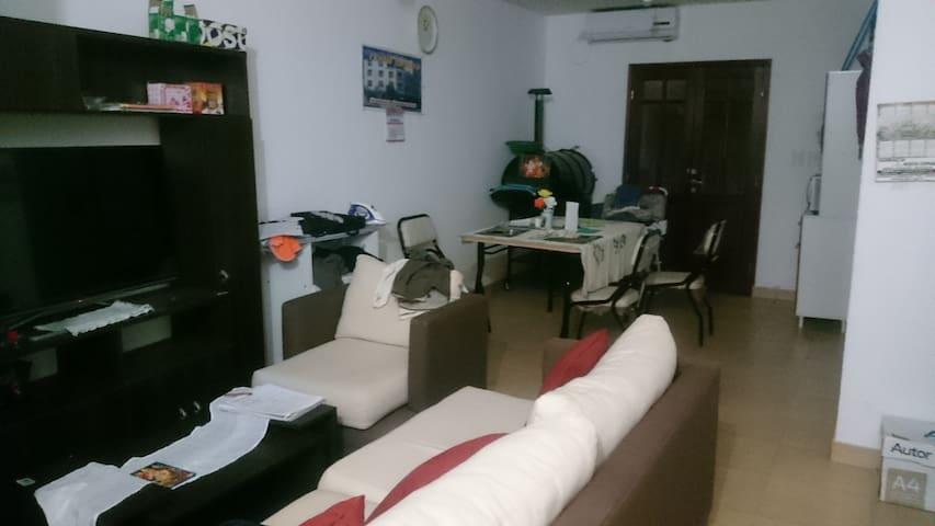 Confortable casa en ciudad de Salta