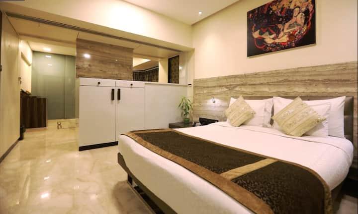 Luxury Suite, heart of Bandra, Pali Hill