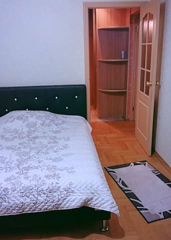 Тихая теплая квартира на 1-м этаже рядом с центром - Minsk
