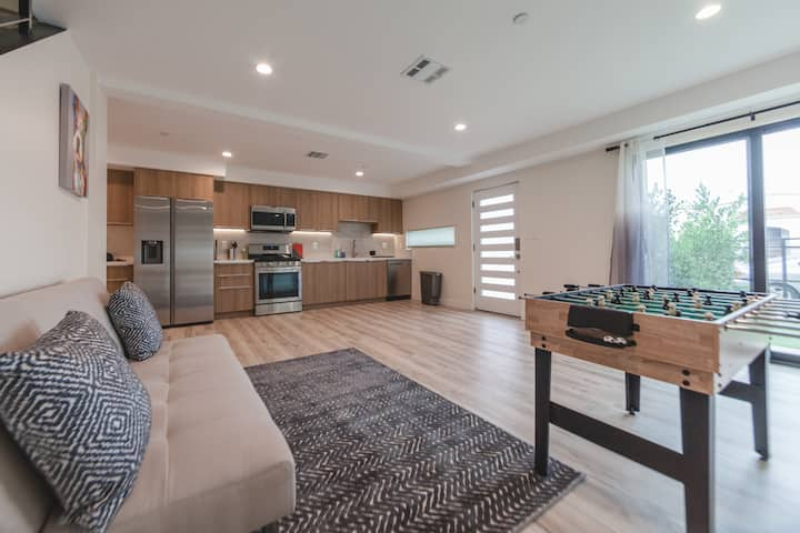 ✿Top Floor Double Suites✿ Attached Private Balcony