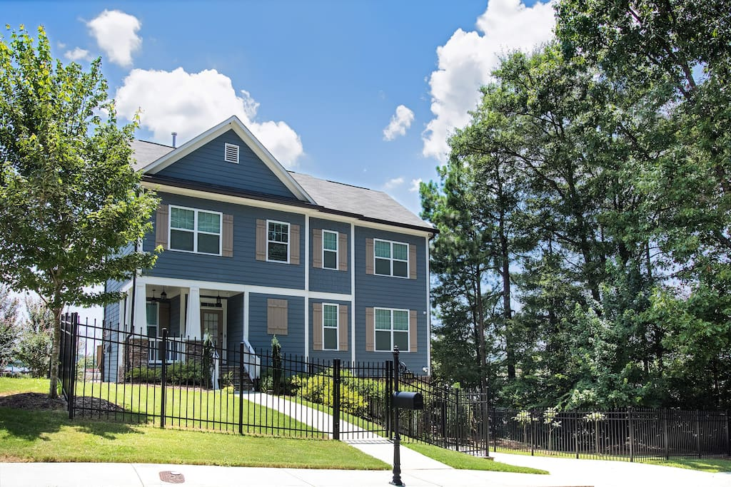 Enjoy the Town & Country feel of this home and the neighborhood.