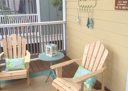 Barefoot Cottages B10-2BR--RealJOY Fun Pass* - Port Saint Joe - Haus