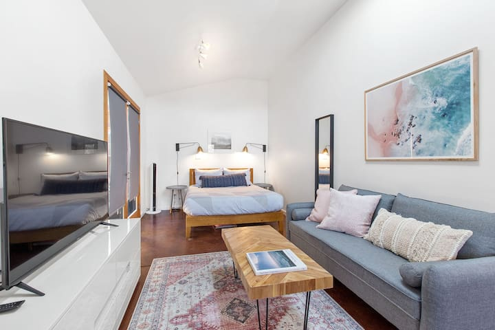 Grand Studio Retreat Close to Lake Merritt