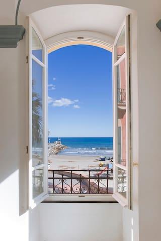 Appartamento sul Mare U Barabin