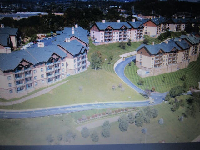 2 BEDROOM WYNDHAM SMOKY MOUNTAINS, SEVIERVILLE, TN