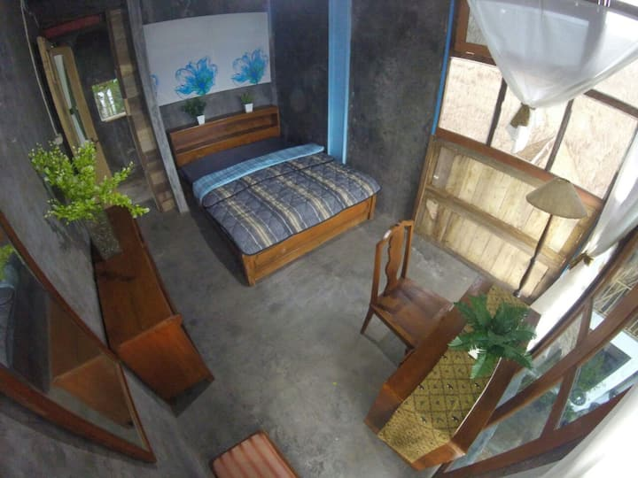 Imah Jandela 3 Kiri di Bukit Saung Bambu