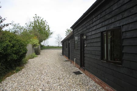 Self contained holiday cottage - Sutton Courtenay