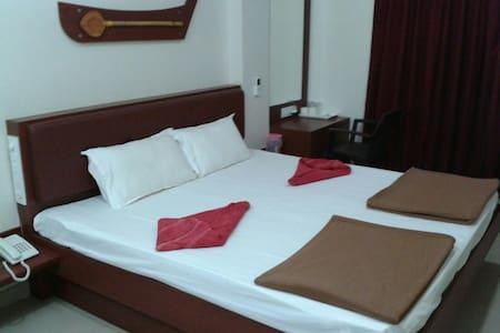Konark Residency, Malvan - Malvan - Andere