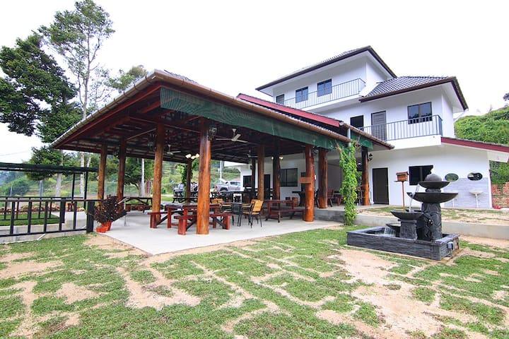 (DP7) Duplex Family Room SL Durian Villa 6pax