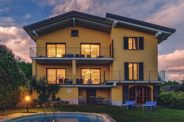 Villa Mimosa B con fantastica vista