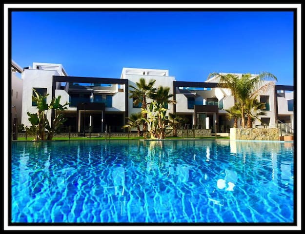 La Zenia: Penthouse Casa Martinez - Orihuela - Apartment
