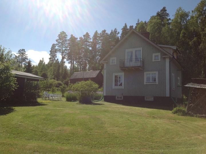 Spacious detached Swedish Cottage