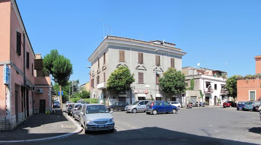 CASA BERTOLINA  THE LOW COST HOME IN ROME - Roma - House